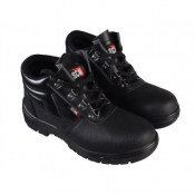 Pair of 4 D-Ring Chukka Black Safety Boots UK 11 Euro 46 SCAFWCHUK11
